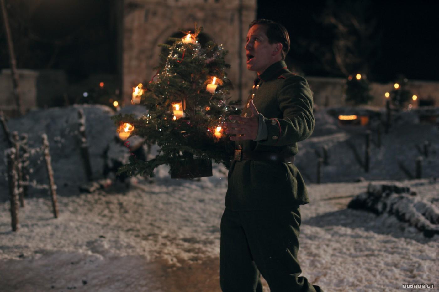 31 Days of Christmas Movies Marathon: Day 8 – Joyeux Noël ...