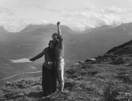 Berg Ejvind och hans hustru (1918) Filmografinr:  1918/01