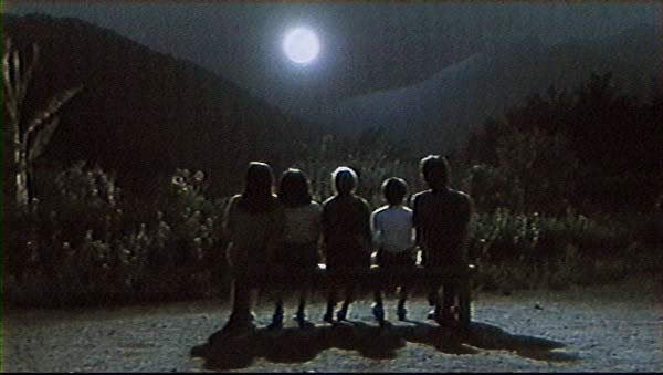 still_rhapsody1_moon_kids_vid